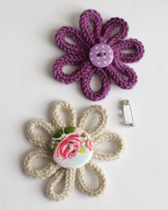 Knit an icord flower brooch jane burns workshop