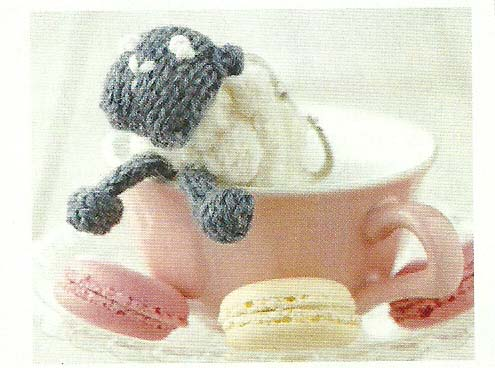 sheep keyring jane burns simply knitting